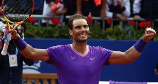 VIDEO Nadal svojmu potenciálnemu nástupcovi nedal v Madride šancu: Alcaraz sužovaný zranením uhral tri gemy